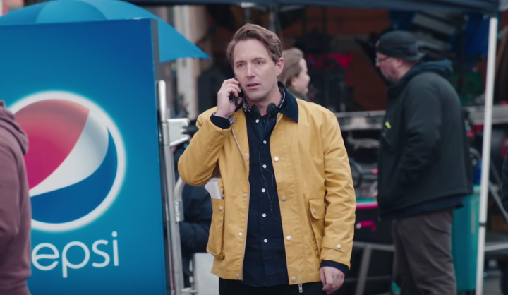 Snl Imagines How The 'tone-deaf' Kendall Jenner Pepsi Commercial Came About photo