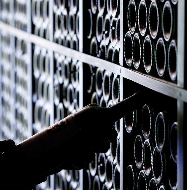 Fine Wine Investment: Bordeaux Rising photo