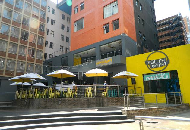 Beer Buckets & Nosh 'boards': Braam Restaubar Makes Eating A Social Affair photo