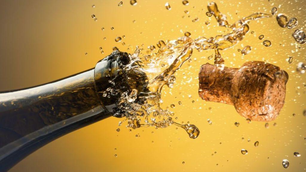 Did The English Invent Bubbly Before Dom Perignon? photo