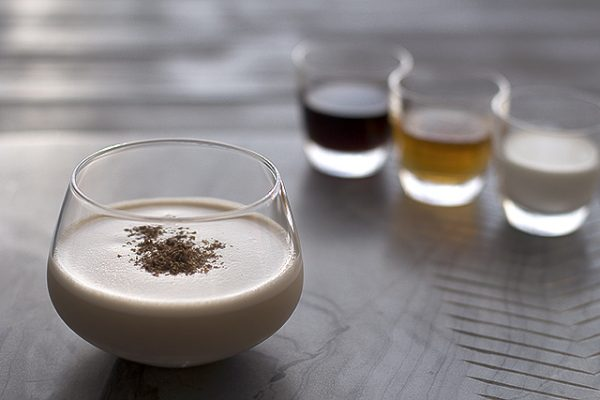 brandy.alexander.cocktail.recipe.1.1 e1495524637829 The 3 Best Nightcaps to Drink Before Bed
