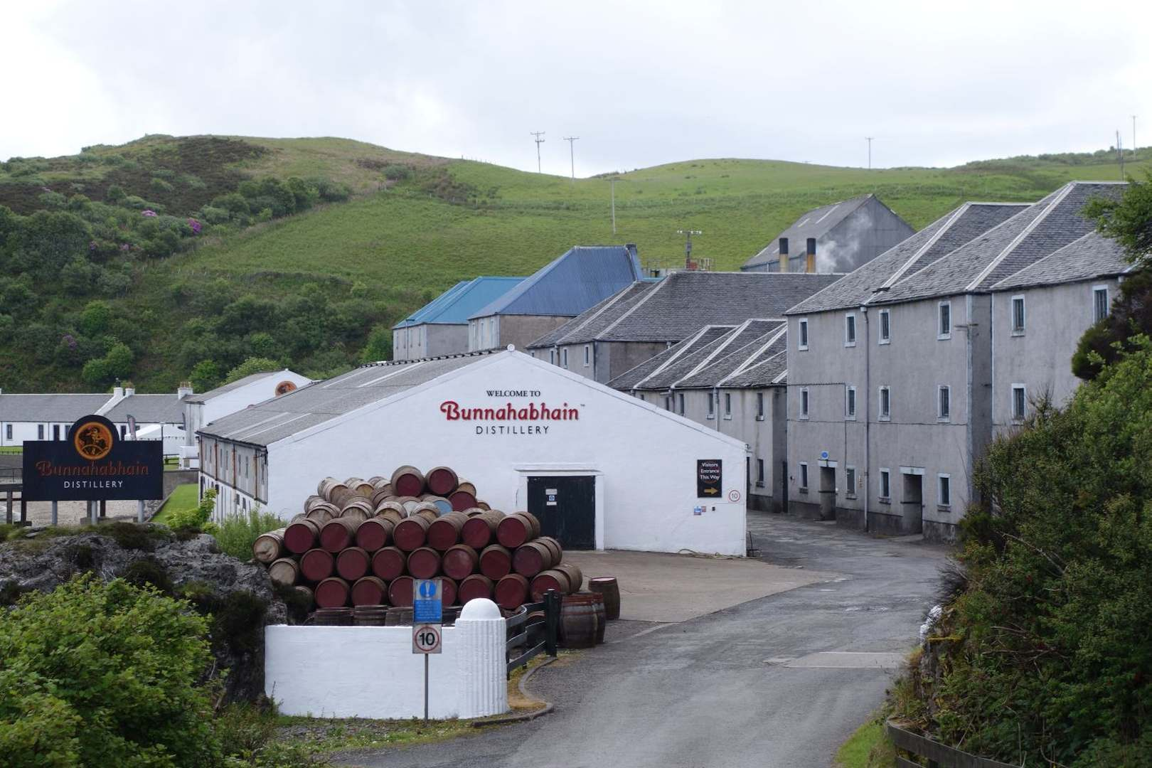 Whisky Im Bild: Zu Besuch Bei Bunnahabhain photo