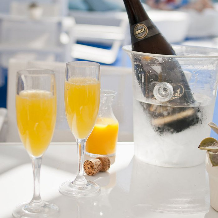 juhcuu1504370685 How The Mimosa Became The Official Brunch Drink Of The World