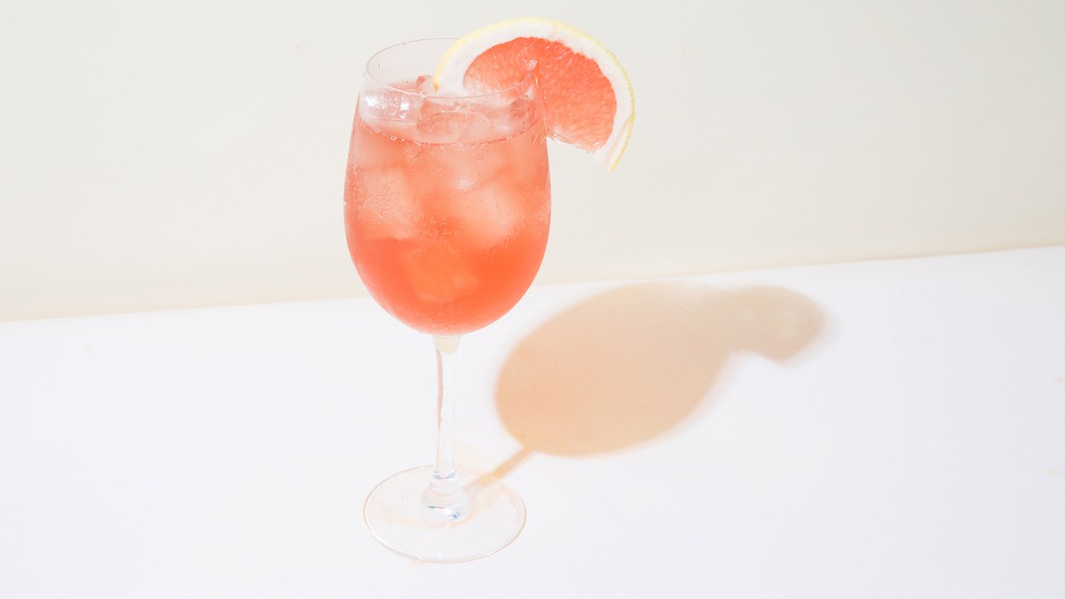 The Rosé-aperol Spritz Is Your Drink Of Summer photo
