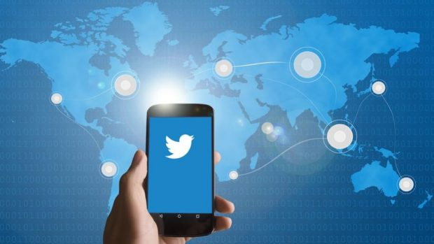 Twitter Rolls Out New Chatbot Feature For Businesses photo