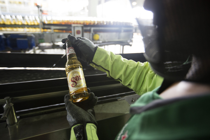 Molson Coors Inks Deal With Heineken To Import Mexican Beer photo
