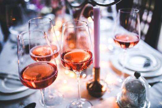 3 Mistakes You Are Making When Pairing Food With Wine photo