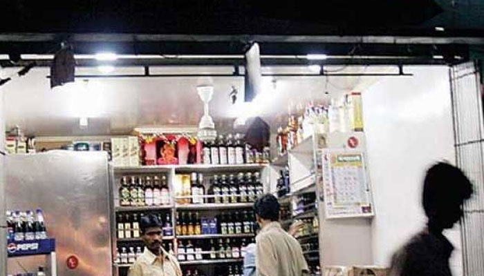 Noida Residents Consumed Liquor Worth Over Rs 865 Crore In 2016-17 photo