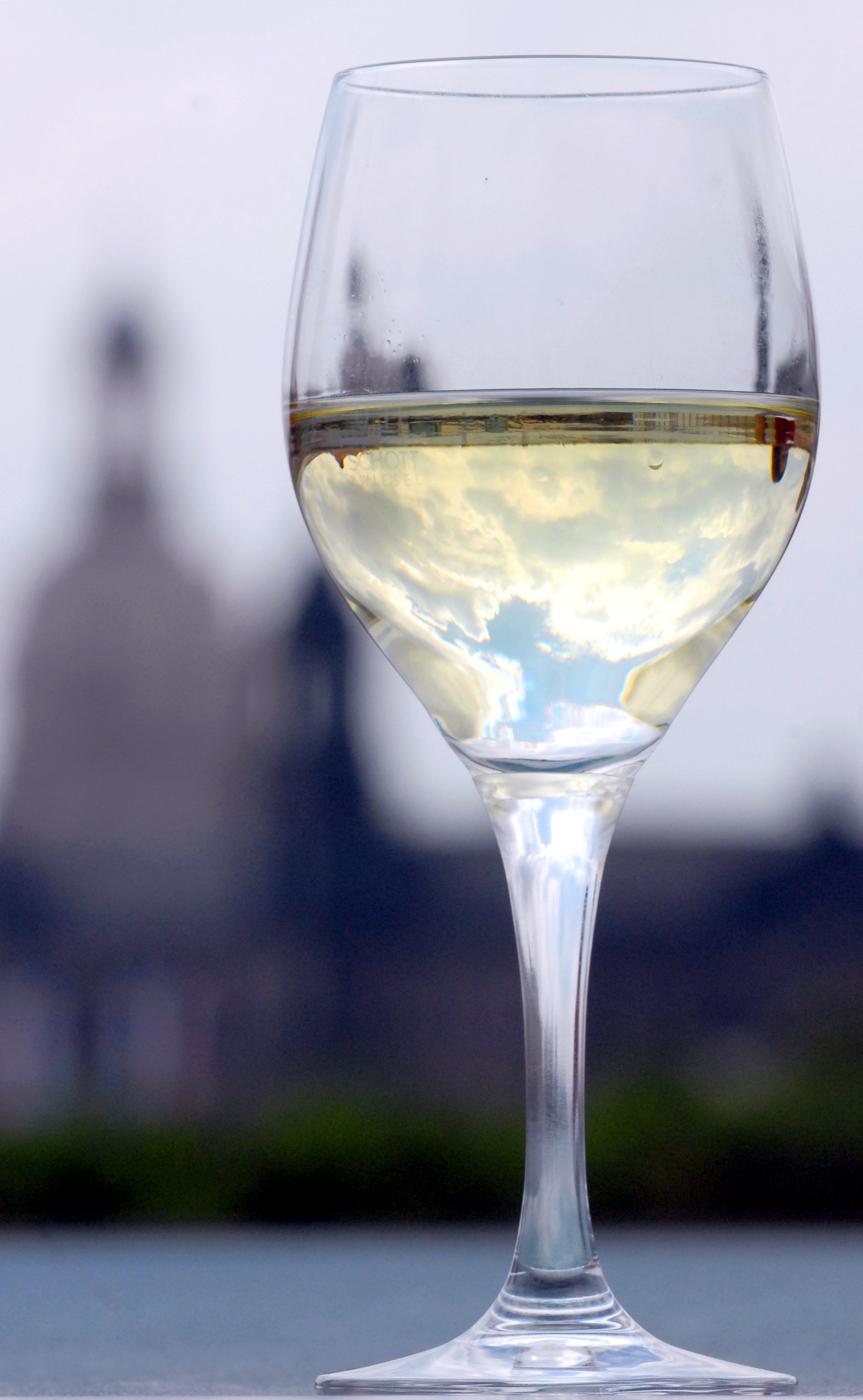 Wine Of The Week: Drinking White Wine After Memorial Day photo