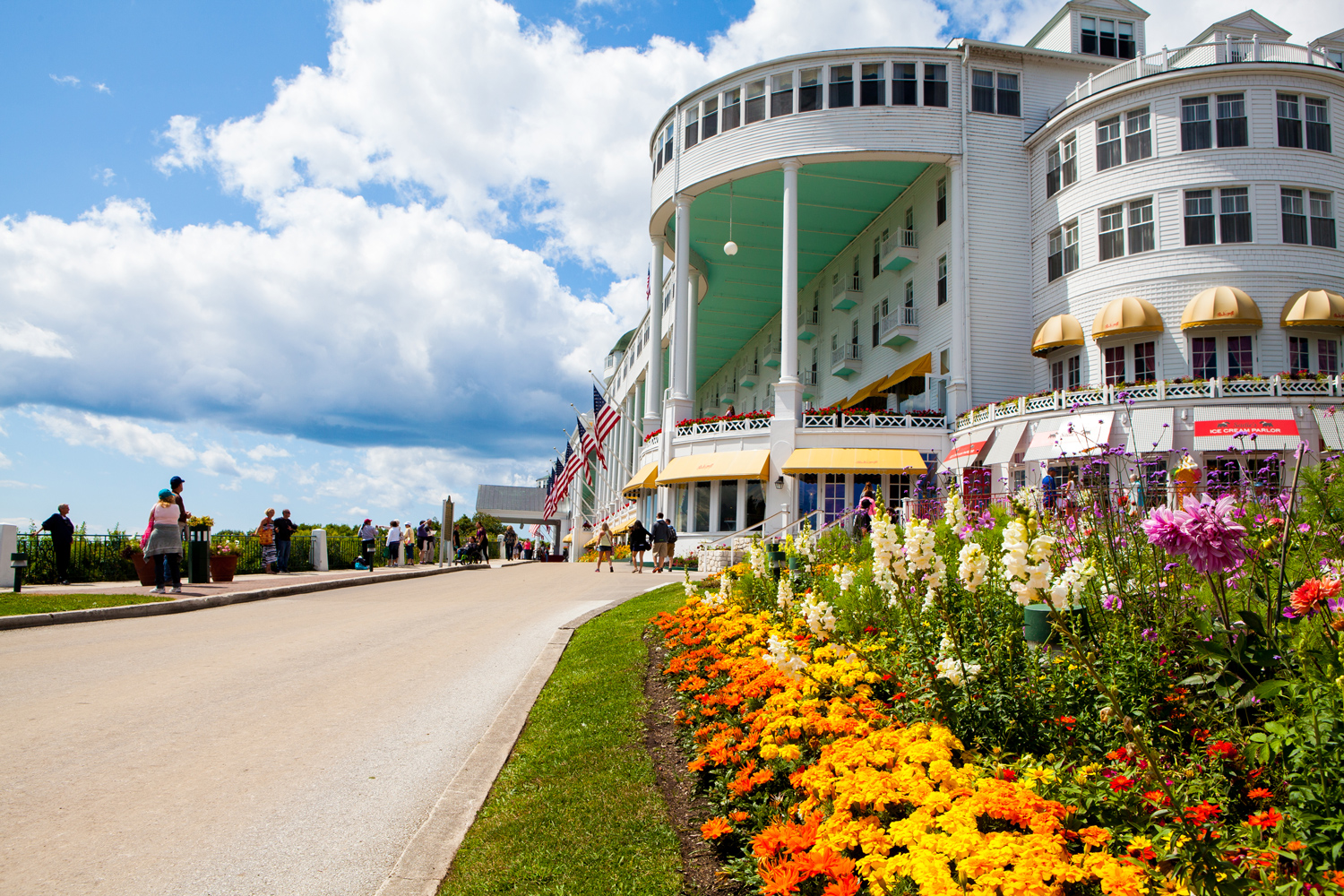 Dine Grandly On 5 Courses, Then Stay On Mackinac Island For $130 photo