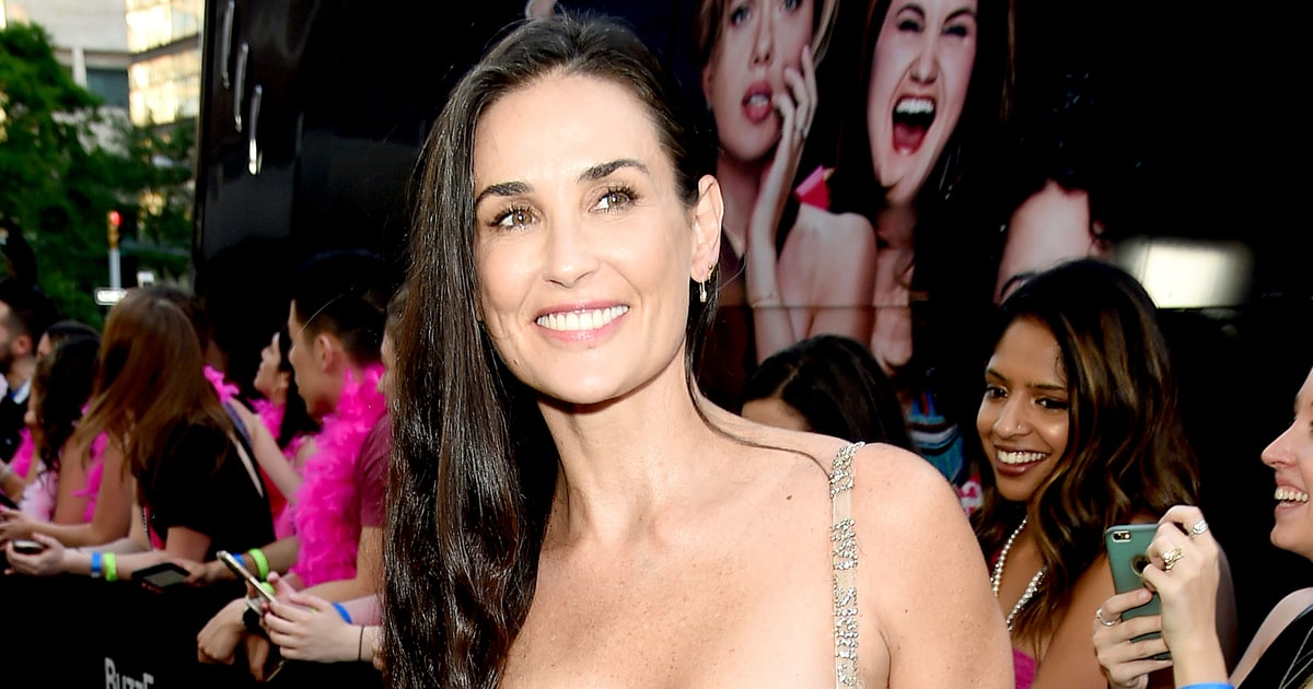 Demi Moore Explains Her Missing Teeth Photo photo