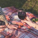 How to drink red wine in summer photo