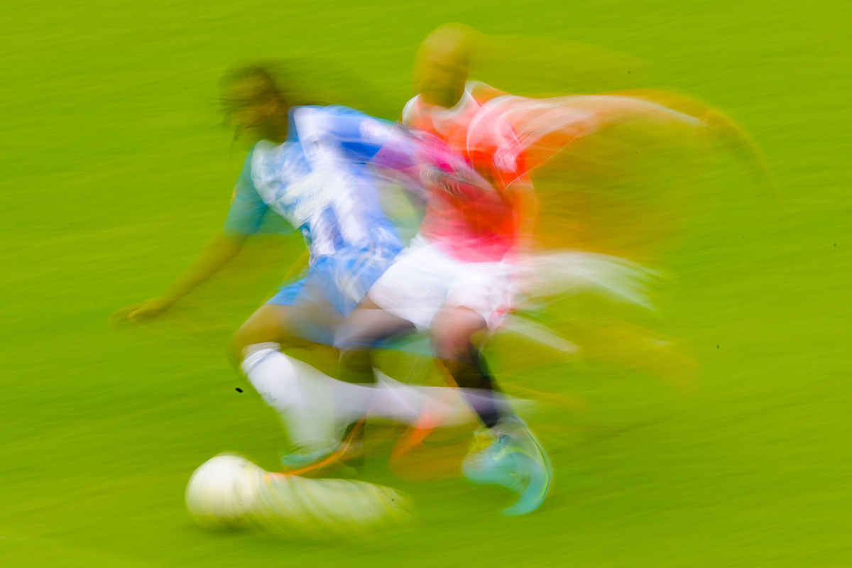 Footballers Move Around Pitch Like Chaotic Particles In A Fluid photo