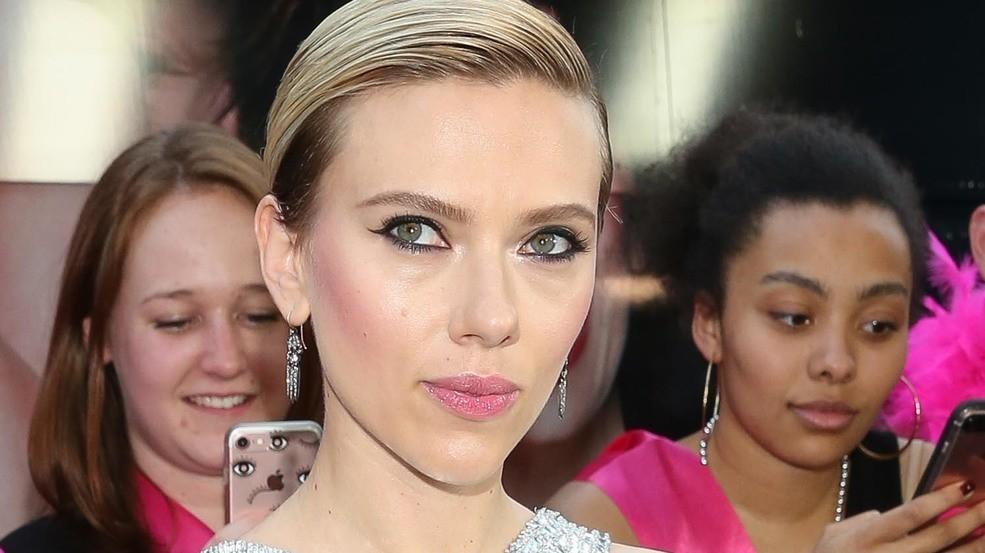 Scarlett Johansson And Colin Jost Spark Rumors Of New Romance photo