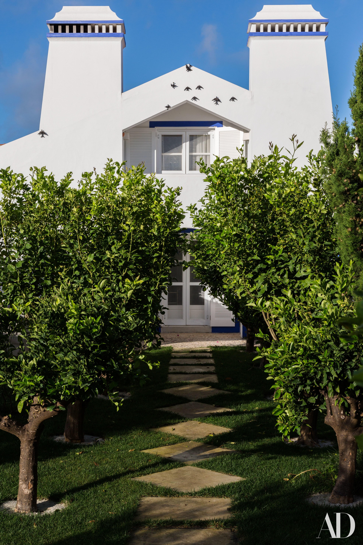 Step Inside Noemi Marone Cinzano's Villa In Portugal photo