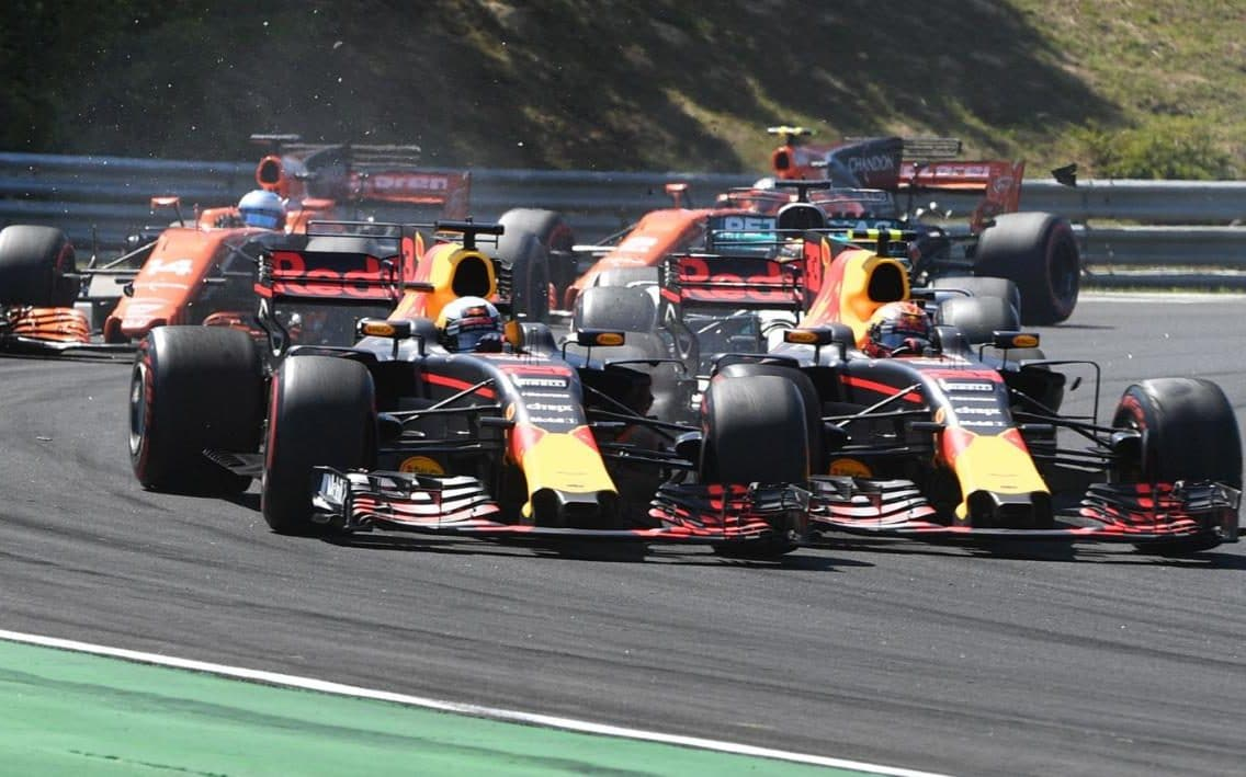 Daniel Ricciardo Blasts 'amateur' Red Bull Team-mate Max Verstappen After Hungarian Grand Prix Crash photo
