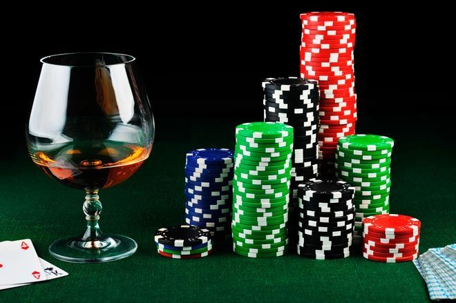 A Knock-out drink game that every Poker Player should know - DrinksFeed