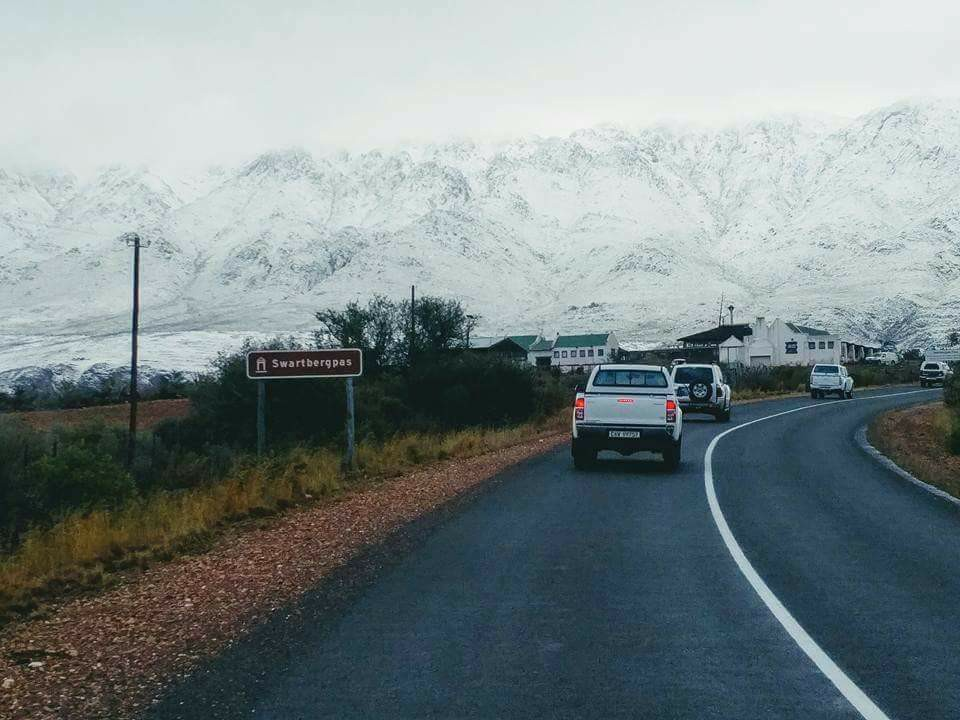 Snow turns Cape Winelands into winter wonderland photo