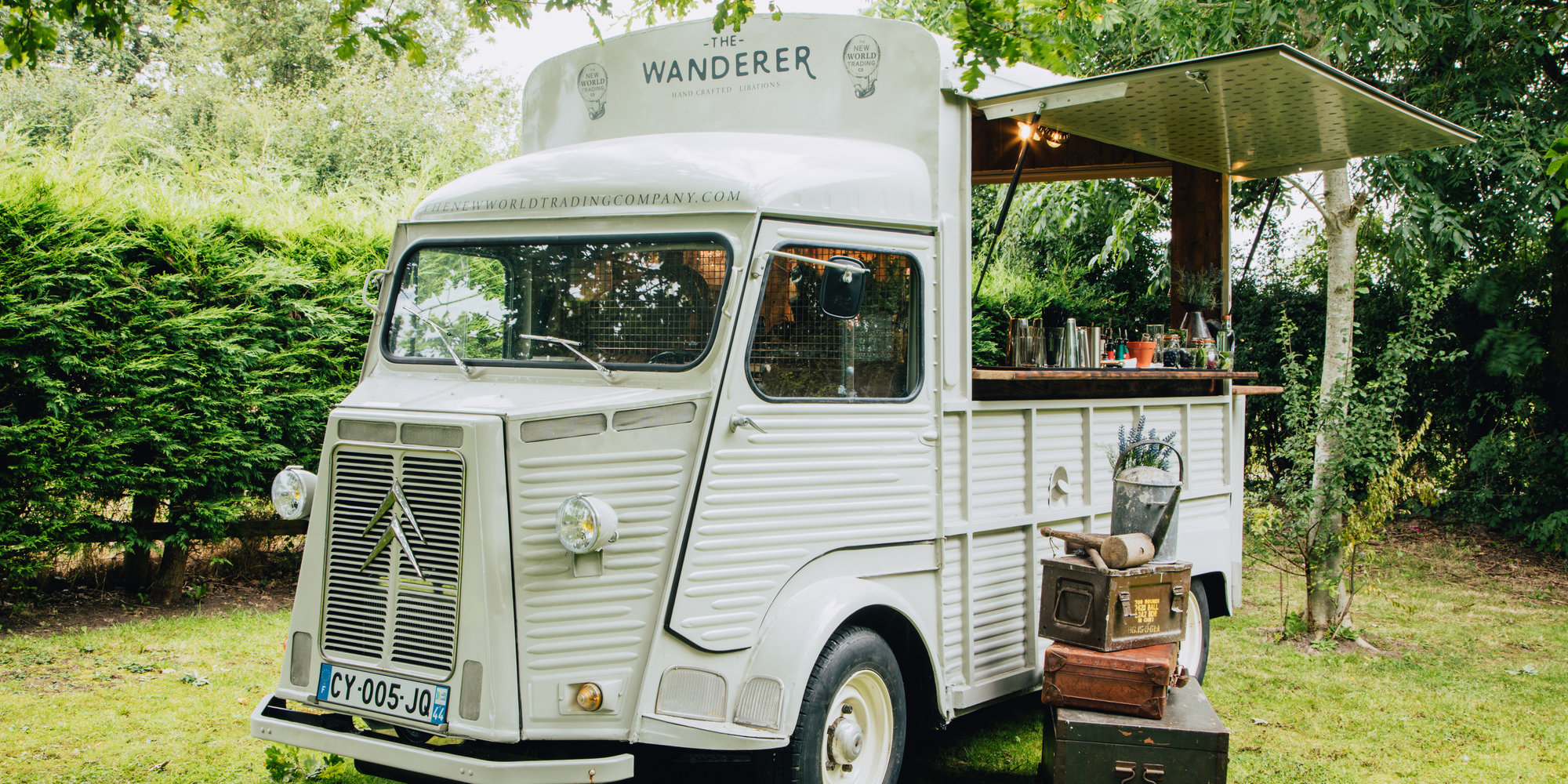 This Mobile Gin Van Will Deliver Cocktails Straight To Your Party (but There's A Catch) photo