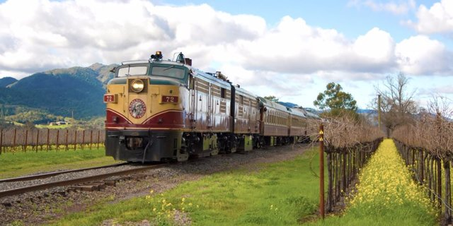 There's A Wine Train That Takes You Through The Best Vineyards In America photo