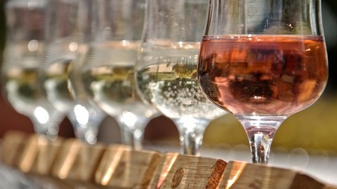 Healthier Wine? Fortification With White Rose Petal Extract Increases Polyphenol Content photo