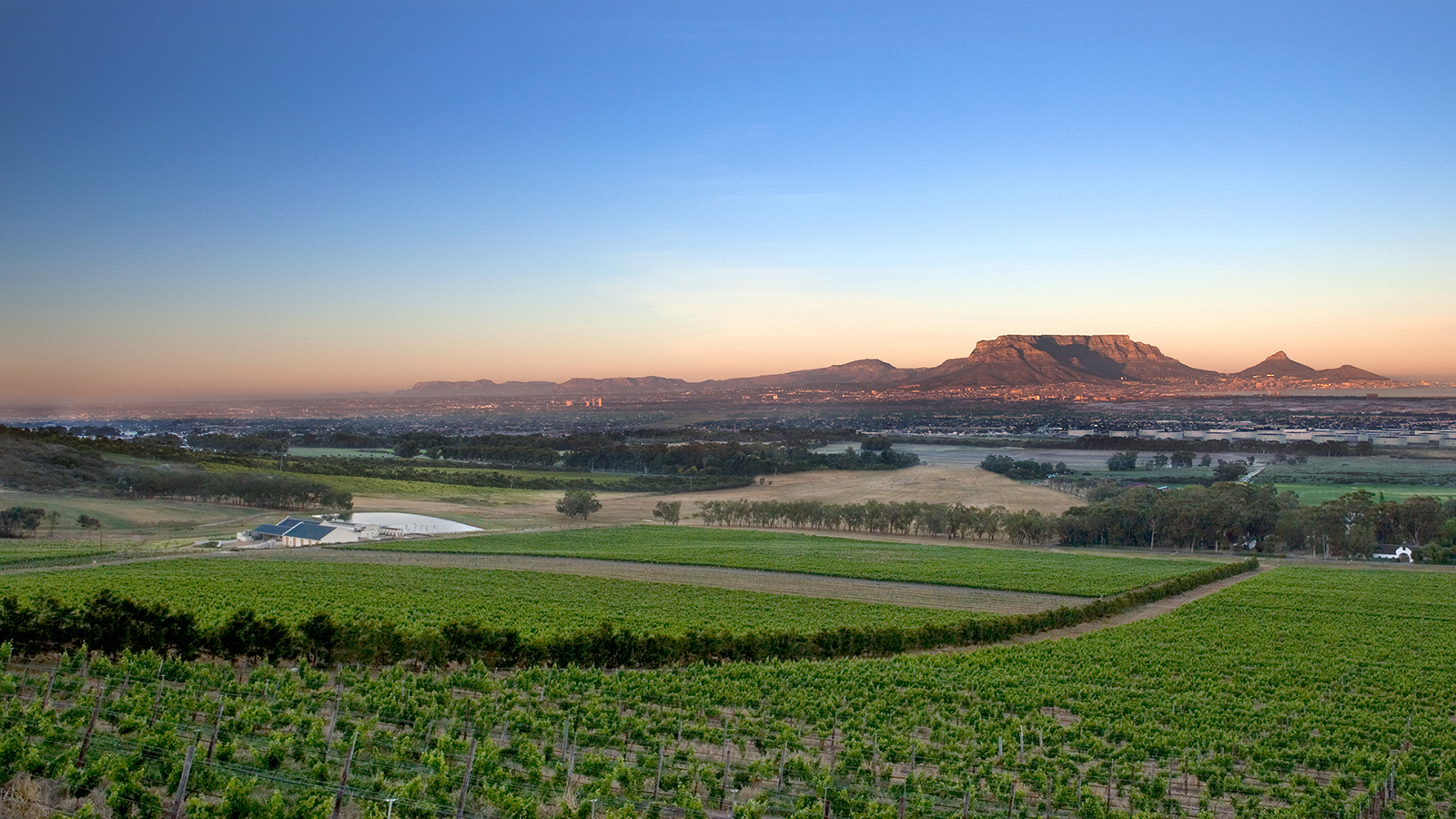 South Africa Gains New Appellation With A Familiar Name: Cape Town photo
