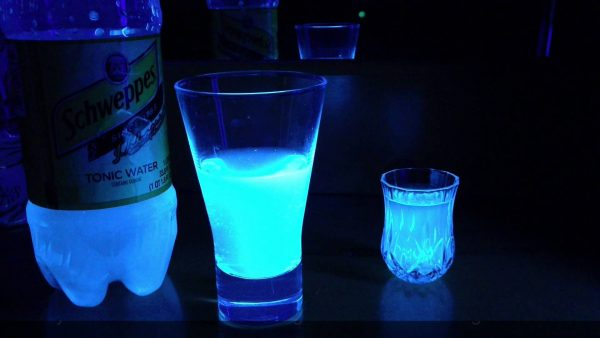 The Reason Tonic Water Glows in the Dark photo