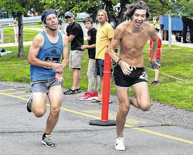 With Late Surge, Toczko Chases Down His First Jack Daniels Mile Title photo