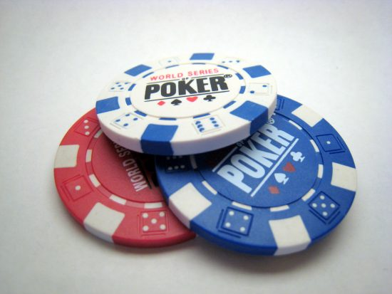 11g poker chips e1506417361641 Score a full house of trump cards with the winning Poker themed wines of JAQK Cellars