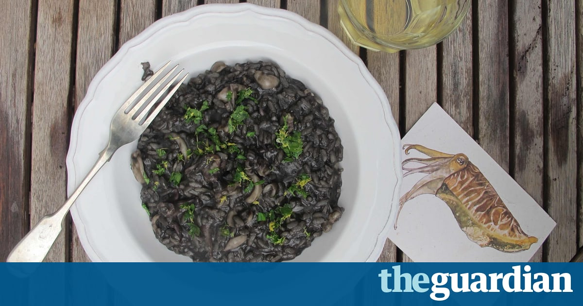 How To Cook The Perfect Risotto Nero photo