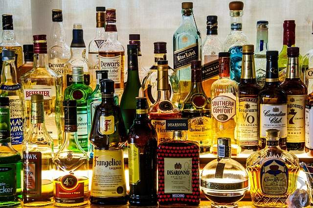 Thieves Thirst For High-end Liquors photo