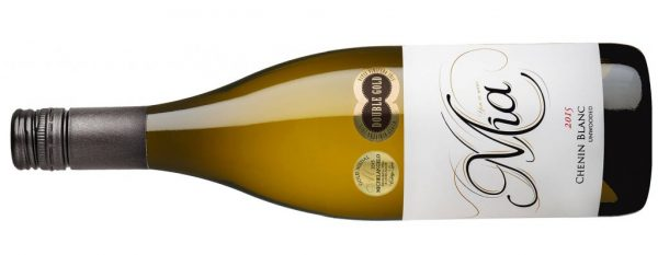 Mia Chenin WITH AWARDS e1473950450718 1024x398 e1504504299306 There Is A South African Wine With Your Name On It