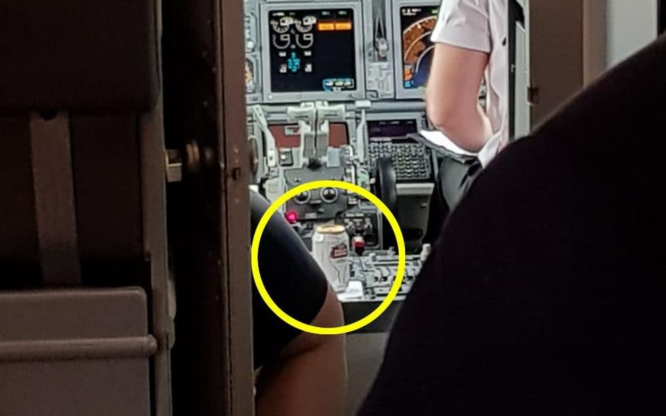 Budget Airline Passenger Stunned To Spot Can Of Stella Artois In Cockpit photo
