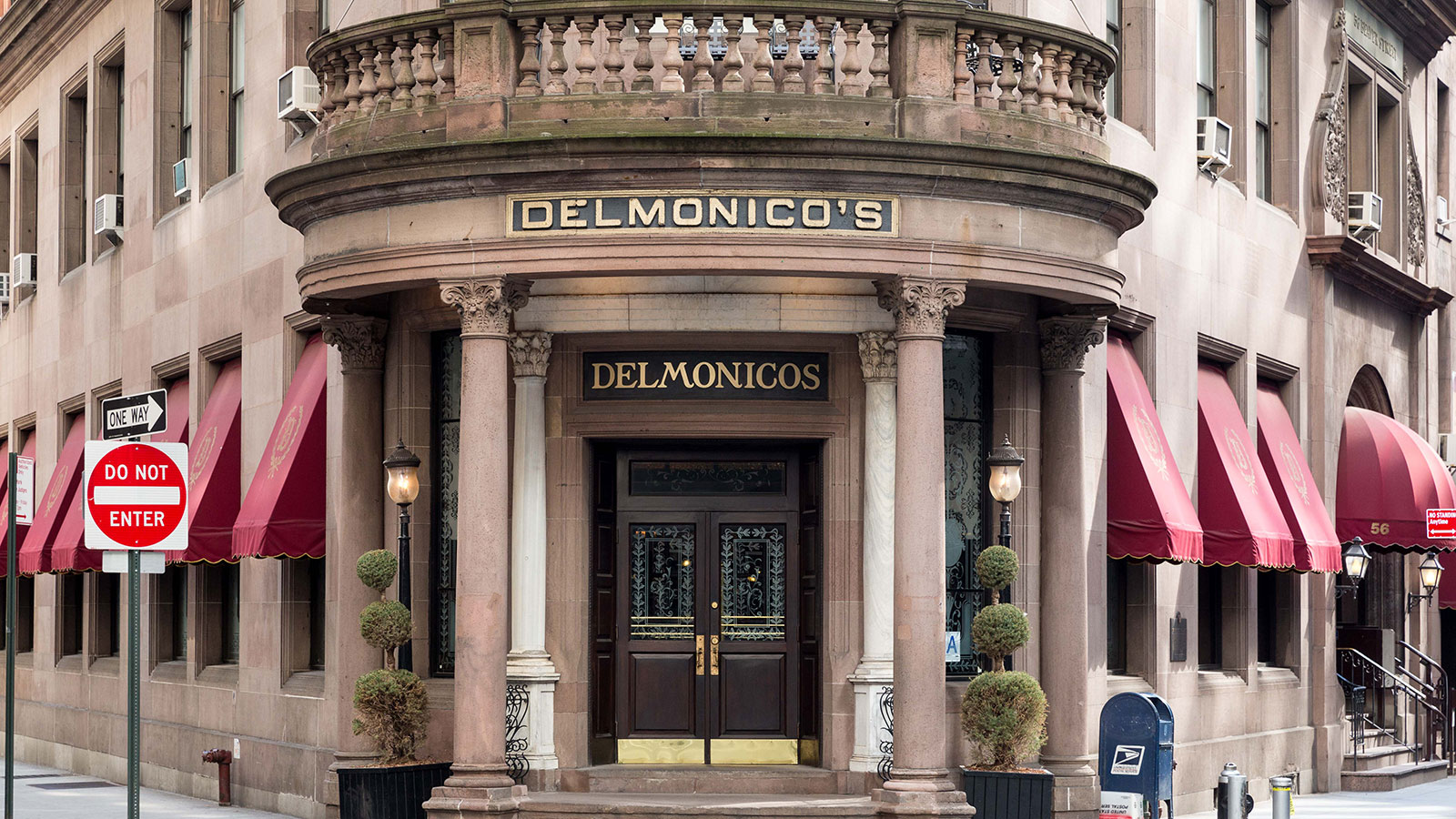 Turning Tables: New York Restaurant Delmonico's Debuts 180th-anniversary Menu With Star Chefs photo