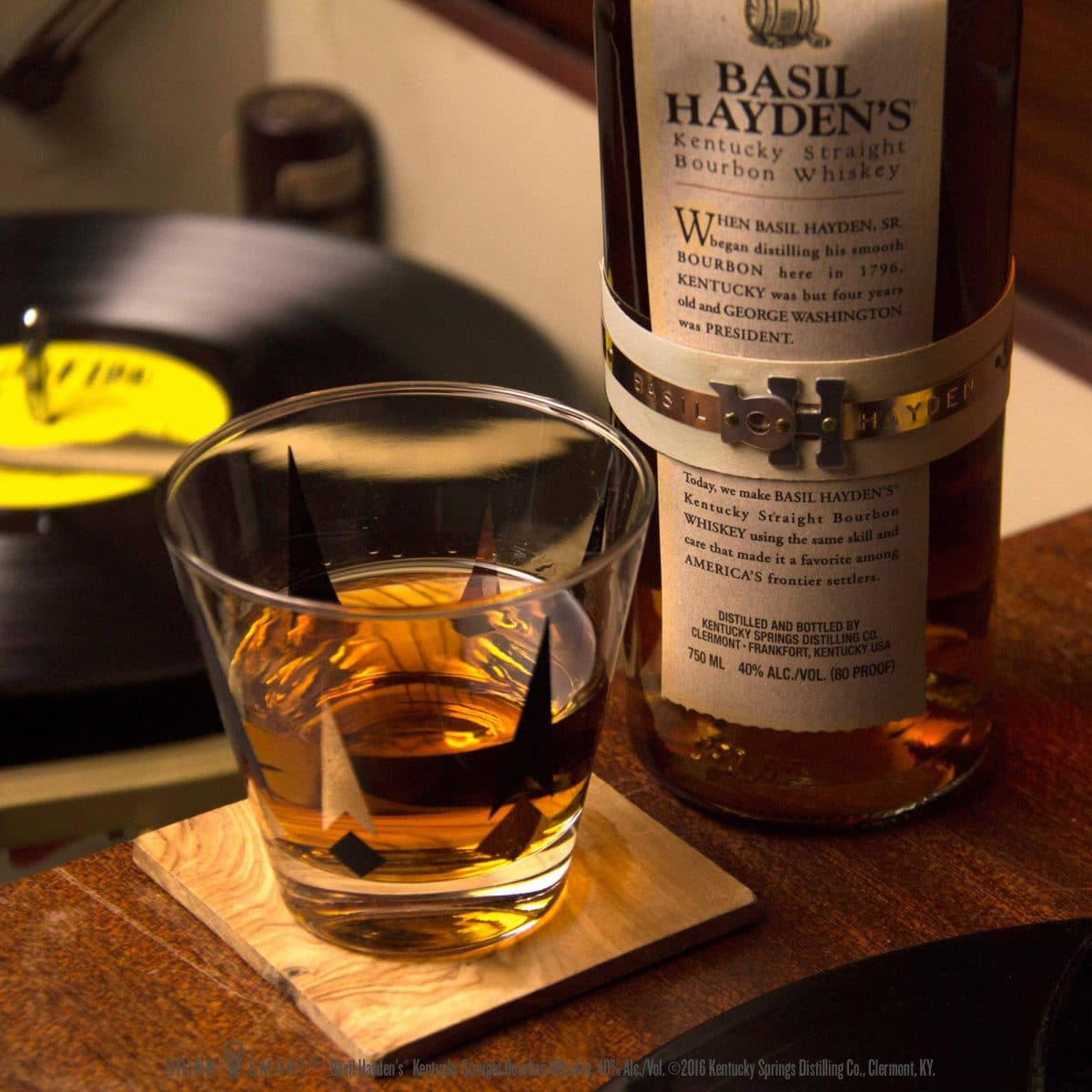 Basil Hayden'sunveils Dark Rye Bourbon photo