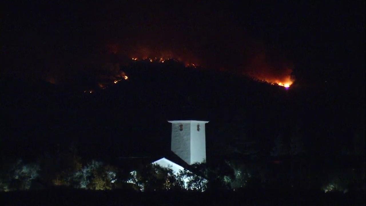 Nuns Fire Threatens Robert Mondavi Winery In Oakville photo