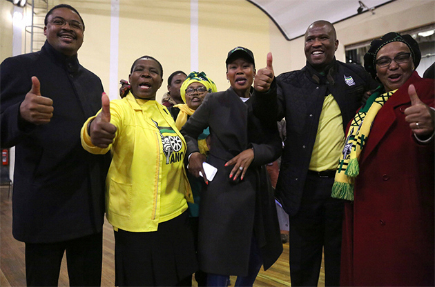 East Cape Anc Heavyweights Out In The Cold photo