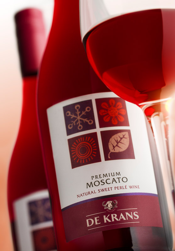 De Krans launches its Premium RED Moscato Perlé photo