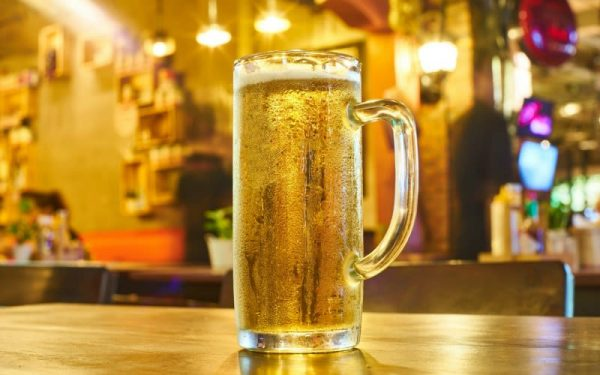 Why you should stop asking for beer in frosty glasses photo