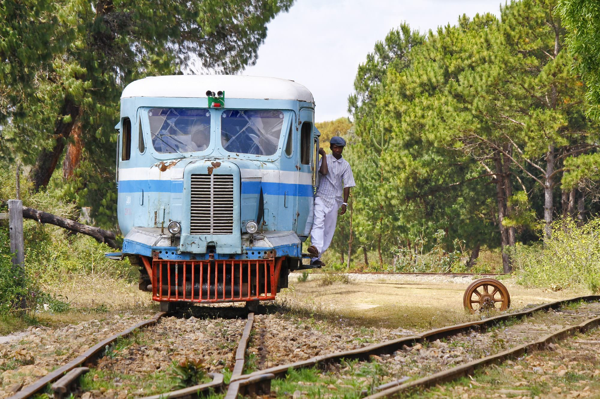15 Striking Pictures Of Railways In Africa photo
