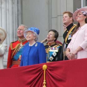 Top 10 Royal Family Drinks photo