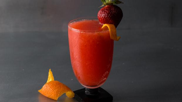 A Frogroni Cocktail Recipe photo