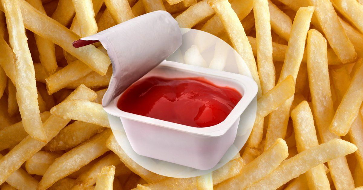 Handy Tool Lets You Dip Your Fries In Ketchup In The Car Without Spillage photo