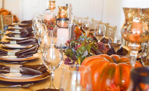 Raise A Glass To These Thanksgiving Wine Rules photo