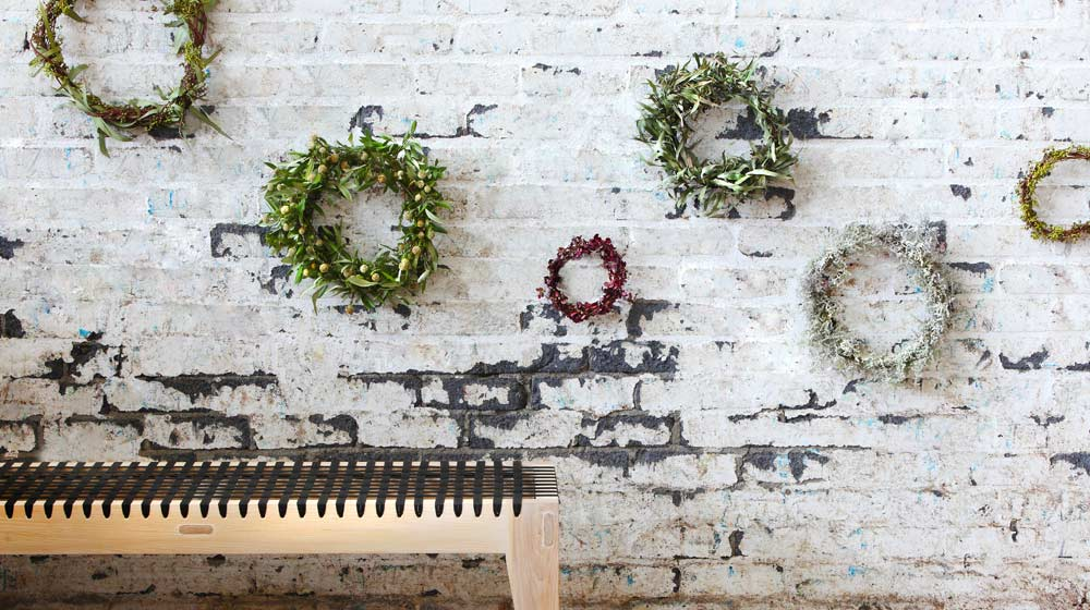 Make Your Own Christmas Wreath photo