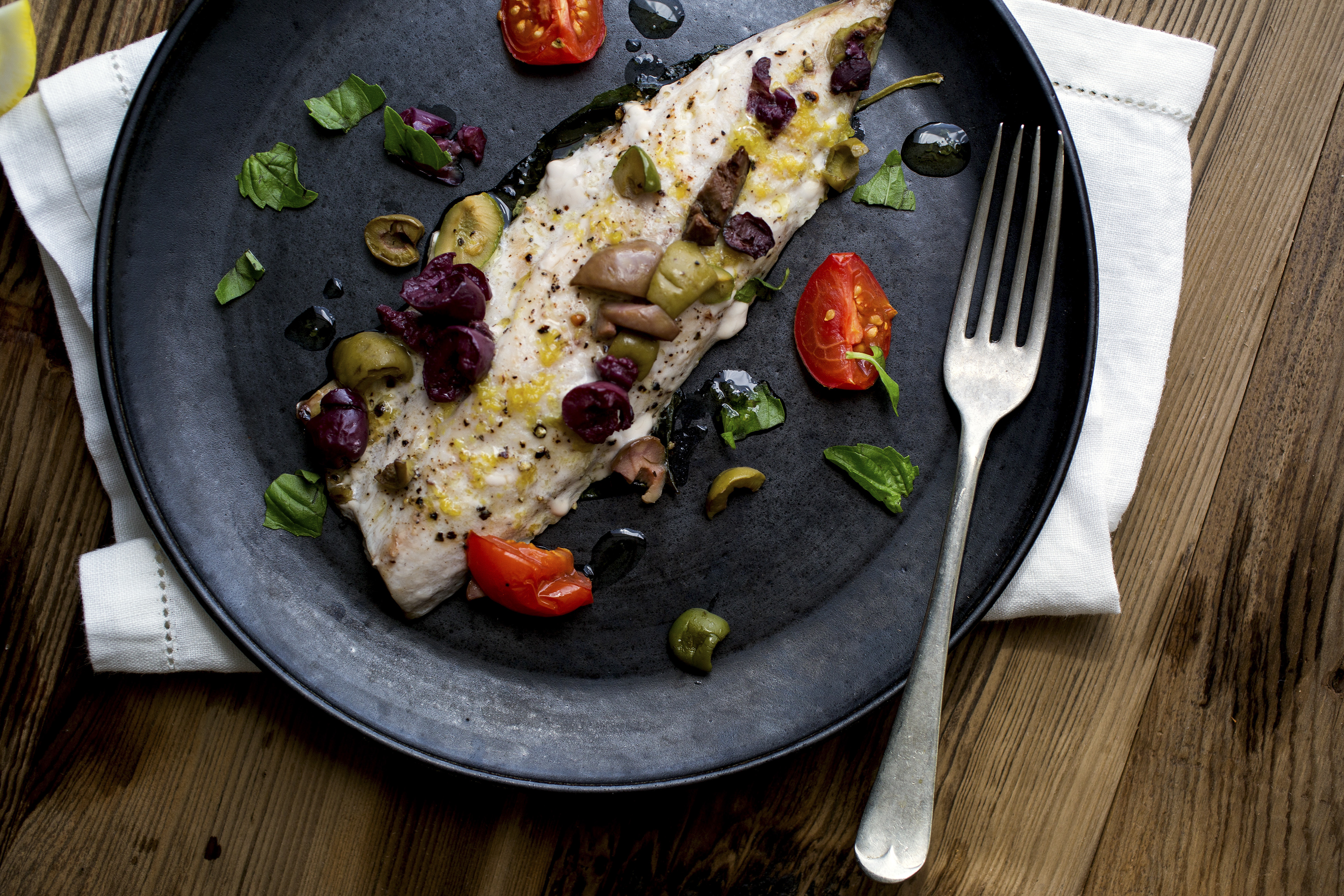 How To Make Mackerel With Lemon Olive Oil And Tomatoes photo