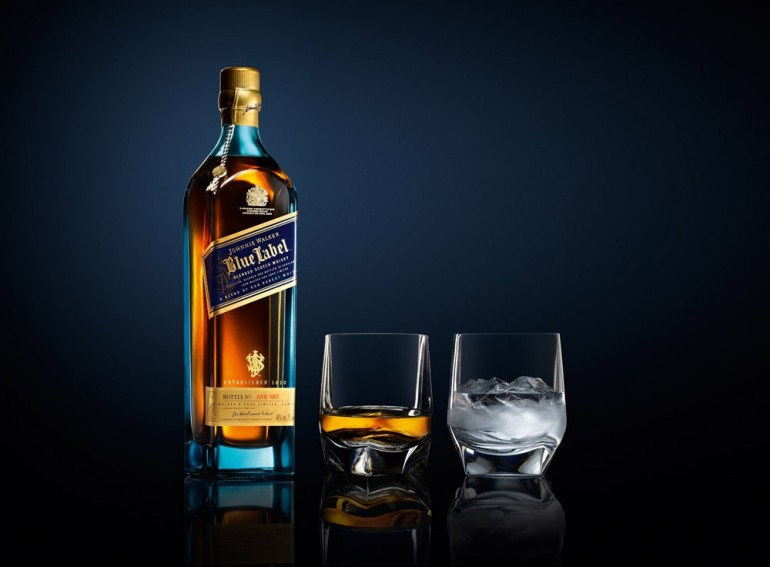 review johnnie walker blue label 1 770x567 Brand boy spent R200 000 at Joburg night club