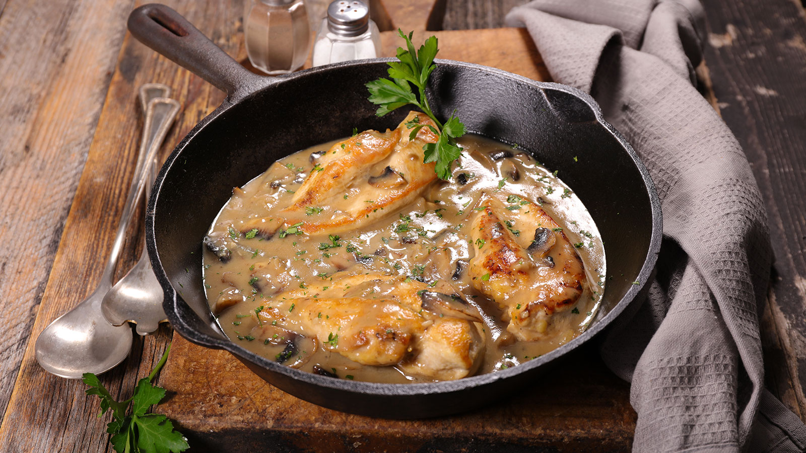 8and20 MushroomChickenZ010918 1600 The Best Instant Pot Chicken Recipes
