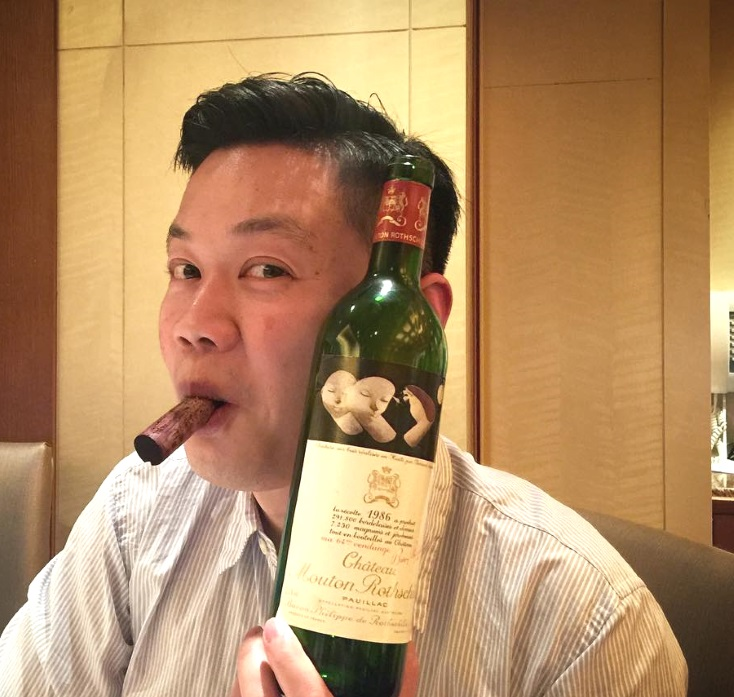 Wie Genießt Man Den Mouton Rothschild? photo