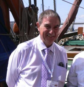 Bob Maybank Of Fine Wine Logistics Firm London City Bond Dies photo